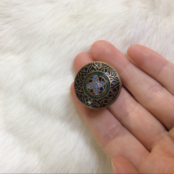 Vintage Other - Tiny Ring or Trinket Pill Box